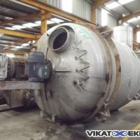 Stainless steel half-coil jacket reactor, total capacity 23600 litres