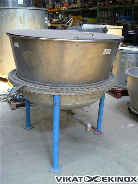 Stainless Steel tank of 600 liters (cuve 675)