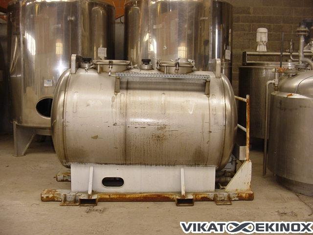 Stainless steel tank, 2 compartments of 1000 liters