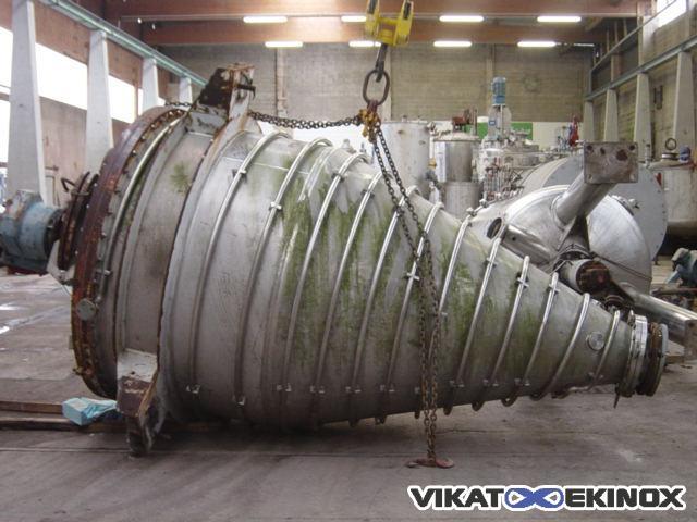 Mélangeur / Trémie agitée inox – 3670 litres