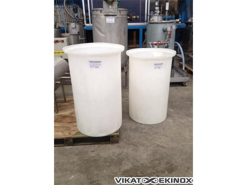 Bac plastique 200 litres