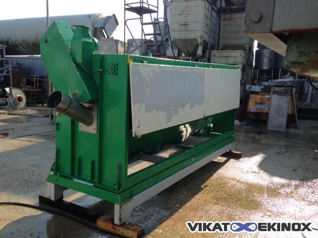 Westrup horizontal pre-cleaner