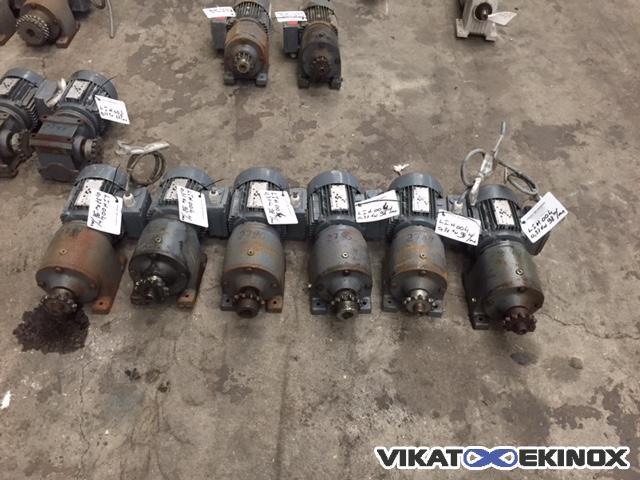 Sew Eurodrive Geared Motor Type R40 Dt71d4 Vikat Ekinox