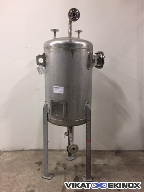 High grade stainless steel tank 200 litres , on legs