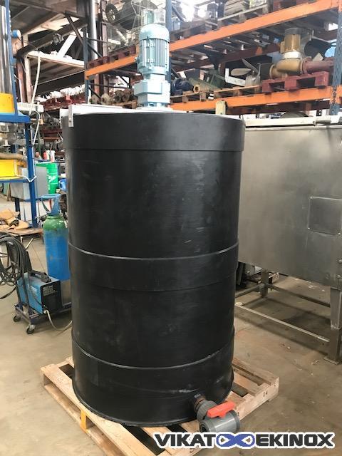 Mixing plastic tank 1000 litres