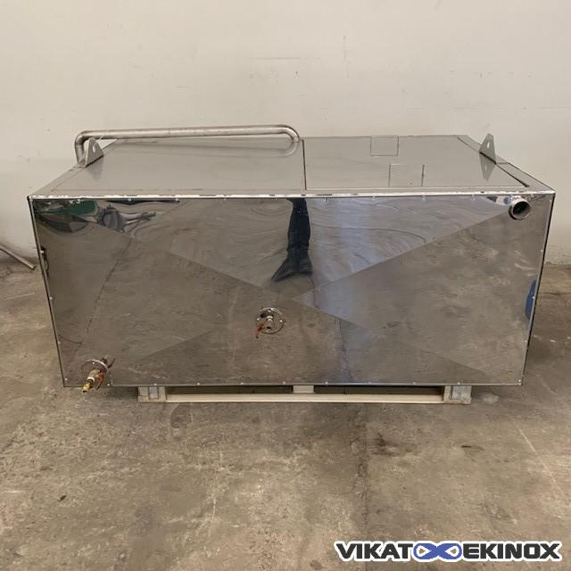 Insulated S/S tray 800 litres