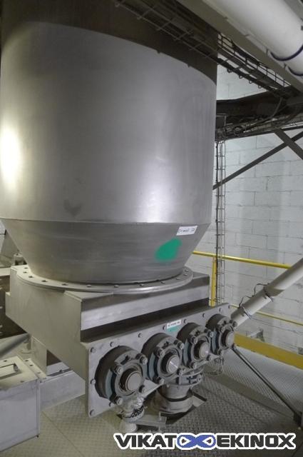 Silo inox 2500 litres avec vis de décharge et dépoussiéreur