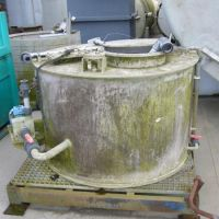 Plastic agitated tank of 1000 liters
