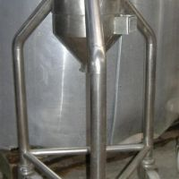 Stainless steel tank of 5-6 liters