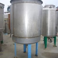 Stainless steel tank of double jacket 1600 liters