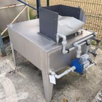 Stainless steel tank 250 litres