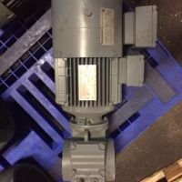 1,1KW 32rpm Sew geared motor type SA57DT90L4/2/VS