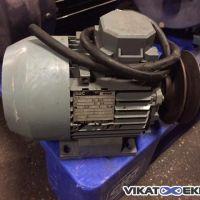 Moteur BBC 0,9 KW 1390 Tr/min Type MEUX 80 LL4