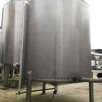 Cuve inox 3000 litres fond conique sur 3 pieds