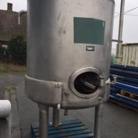 Stainless steel tank 1800 L, double jacket on lower part