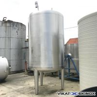 Stainless steel tank 5400 litres on 3 legs