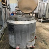 Stainless steel tank 600 litres with basket