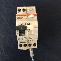 Merlin Gerin DT 40 circuit breaker