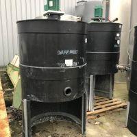 700L agitated plastic tank