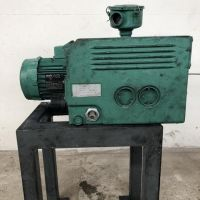 BUSCH vane vacuum pump type 063-138
