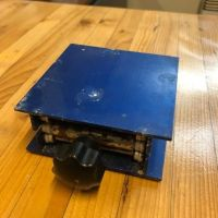 Lifting table – plate 100 x 100 mm