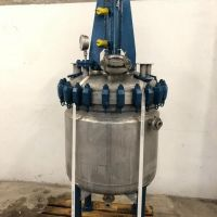 Stainless steel stirred reactor 400 litres