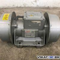0,5 KW 1440 rpm SINEX INVICTA type LN 445 T vibrator
