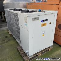 YORK Chiller 78,7 KW CLIMA ROCA type YCSA-80-TP-380T